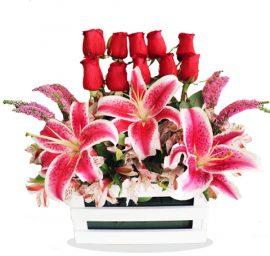 Canasta Rosas + Lirium Perfumado